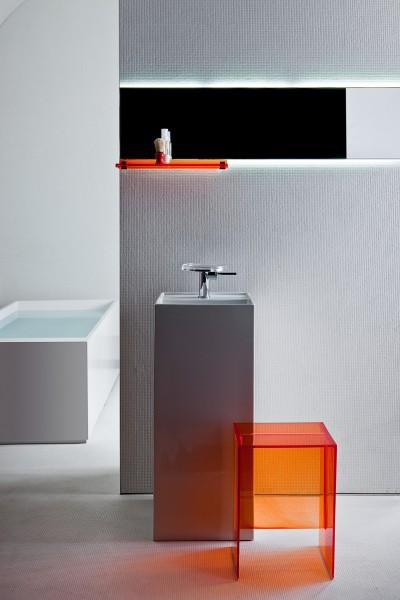 Tabouret pour salle de bains KARTELL BY LAUFEN