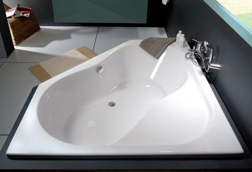 fiche produit sdb baignoire asym trique et d 39 angle. Black Bedroom Furniture Sets. Home Design Ideas