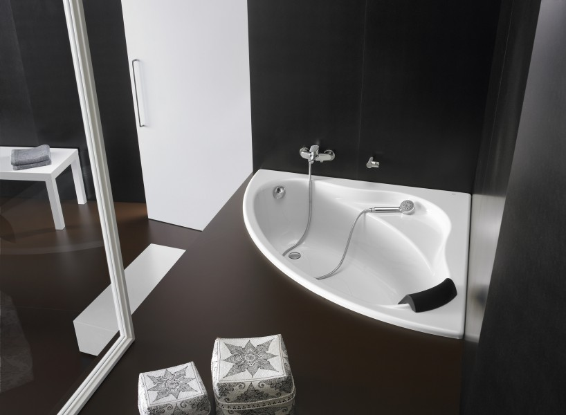 baignoire dangle pour salle de bains bali de roca - Salle De Bain Baignoire D Angle