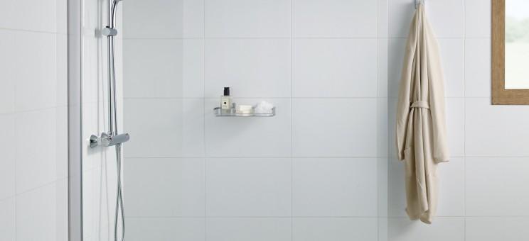 paroi de douche cran fixe pour douche ouverte ura de roca salle de bains. Black Bedroom Furniture Sets. Home Design Ideas
