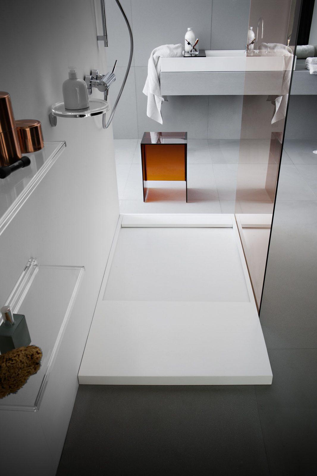 Meuble Salle De Bain Kartell ~ receveur de douche poser pour salle de bains kartell by laufen