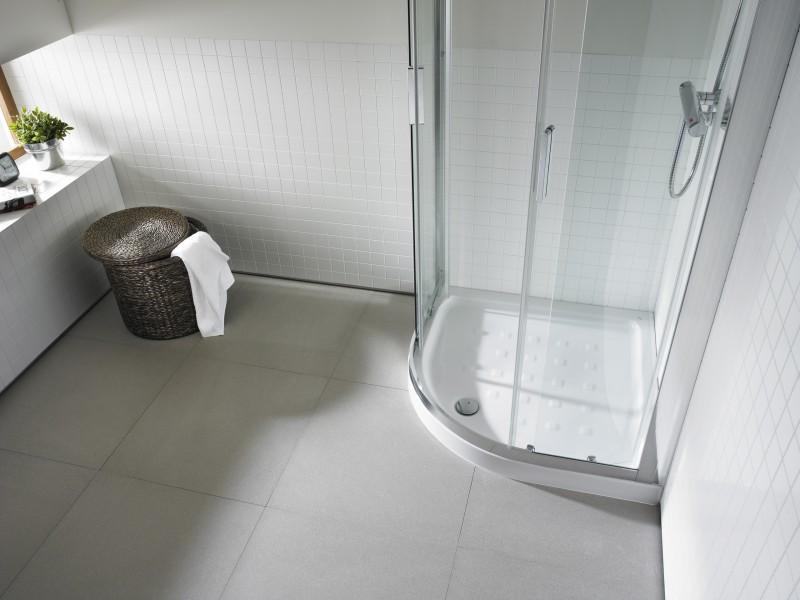 Receveur de douche d'angle arrondi pour salle de bains EASY de Roca