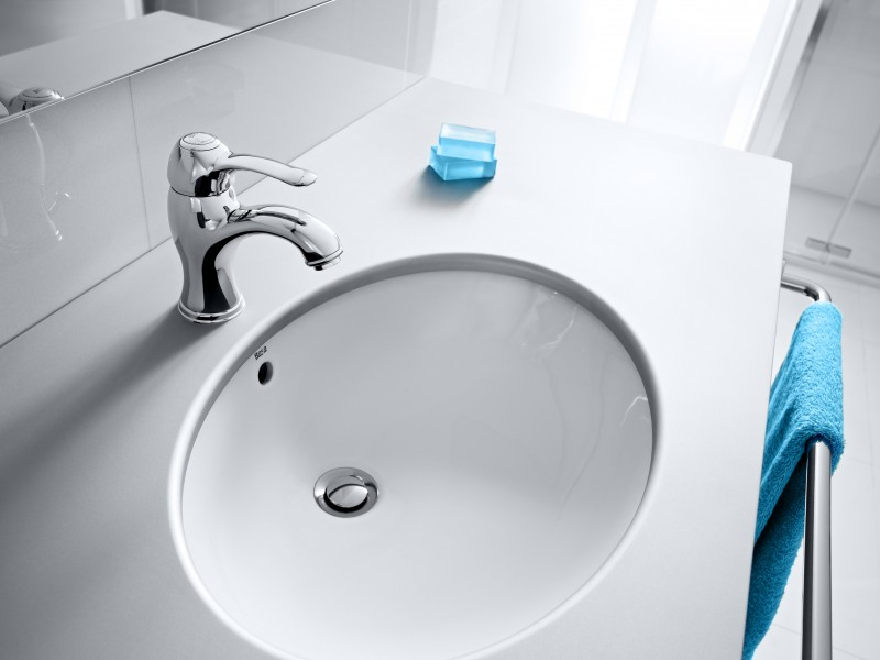 Vasques encastrer par dessous fiche produit for Lavabos roca bajo encimera