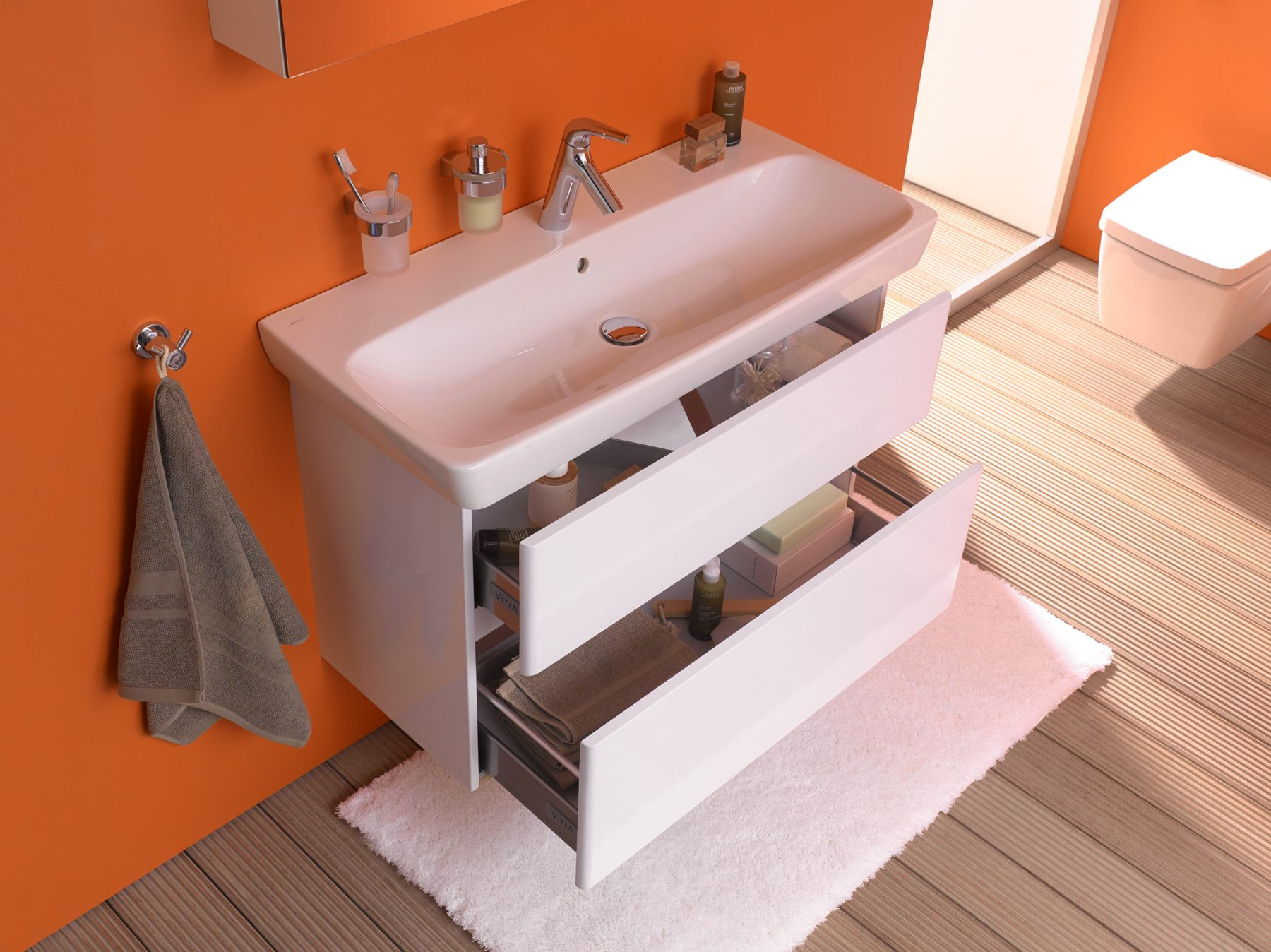 Mobilier de salle de bain suspendu metropole vitra for Mobilier de salle de bain