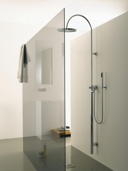 Ensemble barre de douche hydro simple TARA LOGIC de Dornbracht