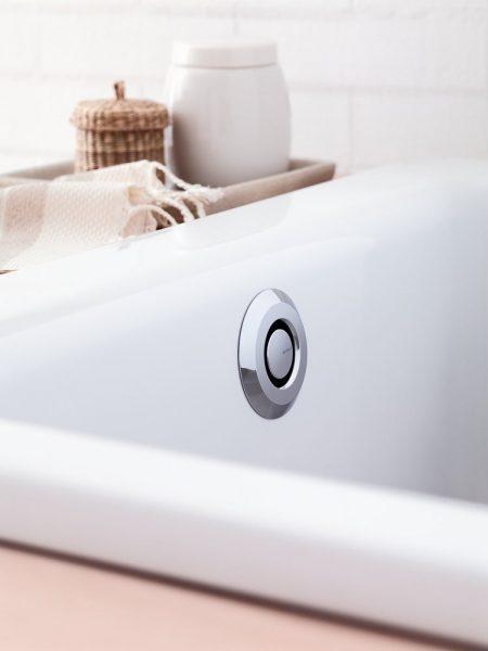 Système de vidage pour baignoire PUSHCONTROL de Geberit
